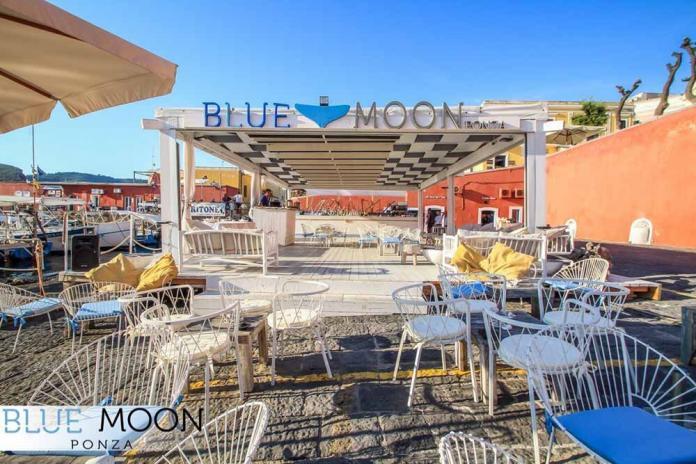 blue moon ristorante a ponza